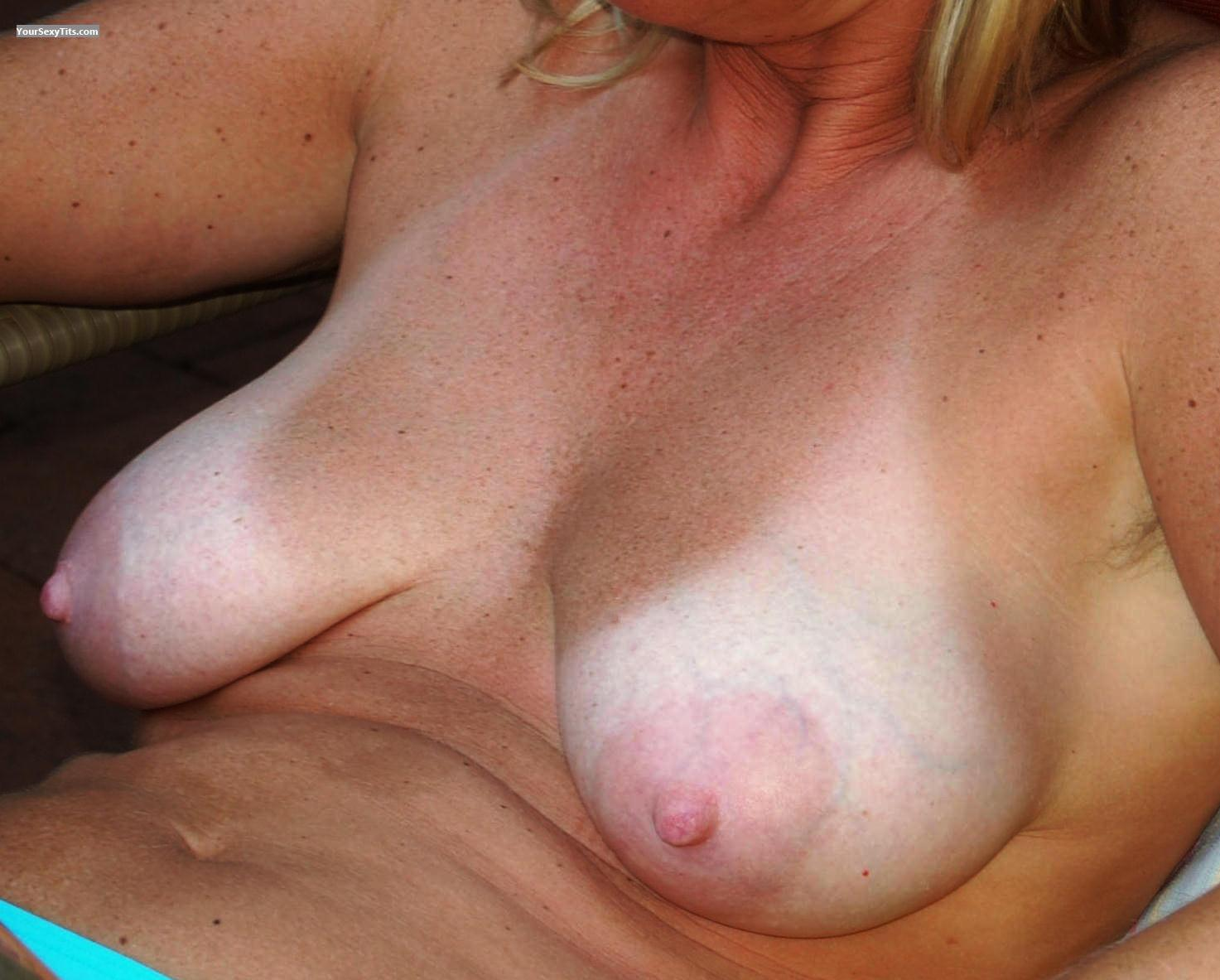 Tit Flash: Big Tits - Blondie from Germany